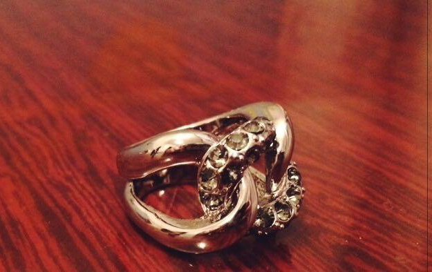 Ожерелье, браслет и кольцо. Фото 3. Пермь.