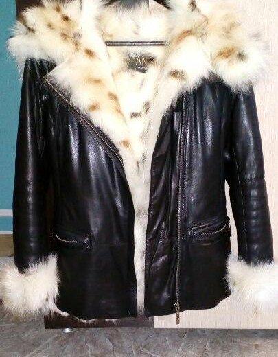 Куртка кожаная  с мехом.натуральная. Фото 1. Ижевск.