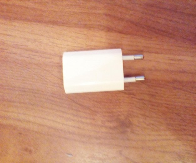 Зарядка для айфона. Фото 3.