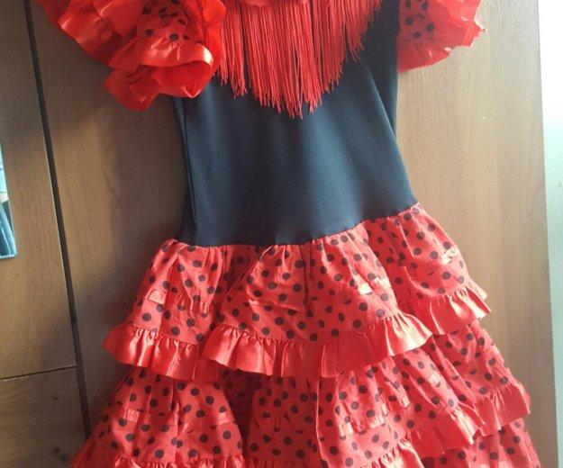 Продам испанское платье.. Фото 1. Владивосток.