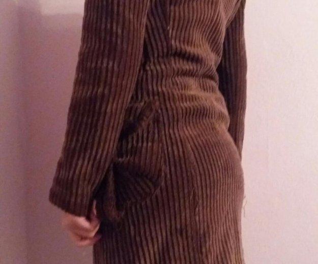Пальто с шарфом. Фото 1. Волгоград.