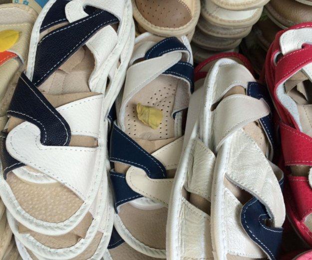 Тапки кожаные с ортопедической подошвой. Фото 3. Ялта.