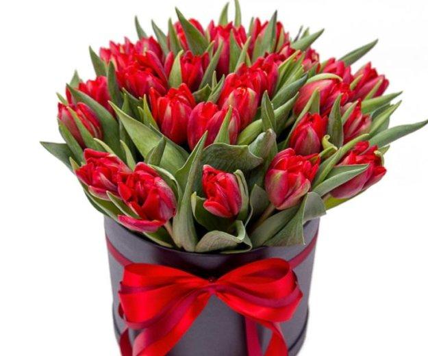 Красные тюльпаны в коробочке. Фото 1. Москва.
