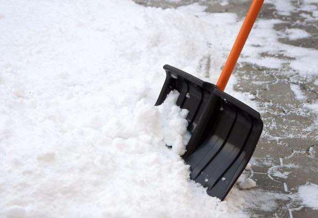 Уборка снега. Фото 1. Пушкино.