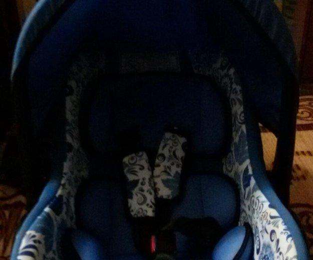 Детское авто кресло. Фото 1. Подсинее.