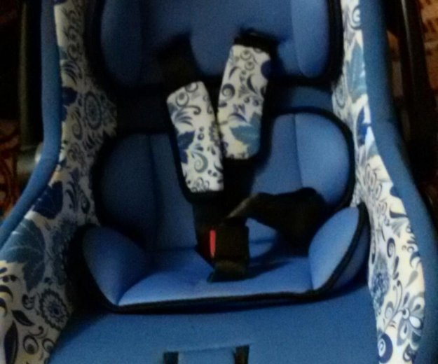 Детское авто кресло. Фото 3. Подсинее.