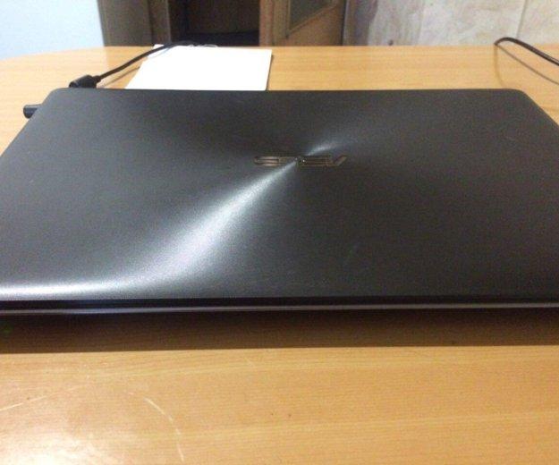 Ноутбук asus k550c. Фото 1. Москва.