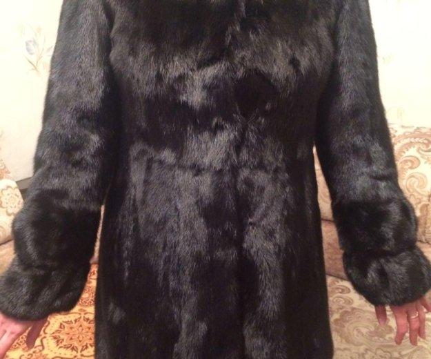 Норковая шуба, теплая, с большим капюшоном. разме4. Фото 1. Хабаровск.