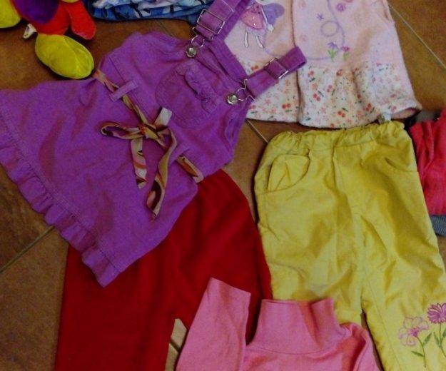 Вещи для девочки пакет+ подарок- ноутбук. Фото 2. Москва.