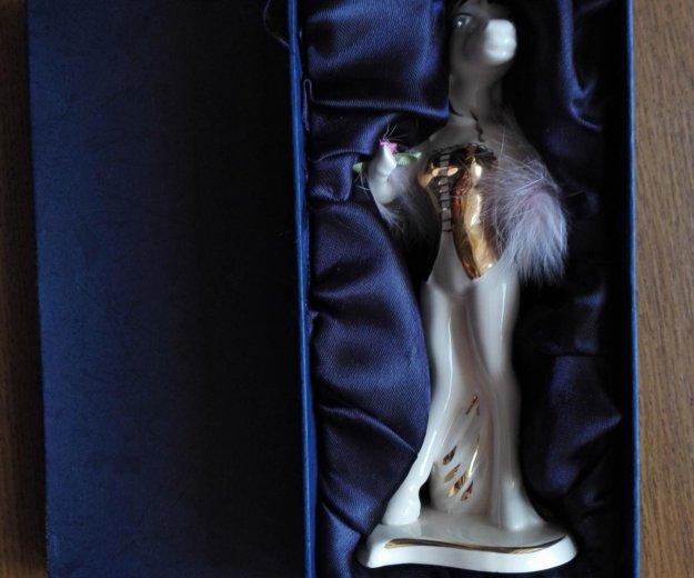 Фарфоровая статуэтка. Фото 1. Волгоград.