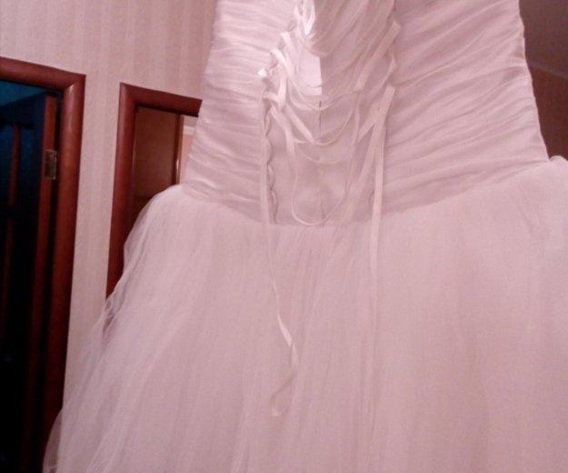 Продается свадебное платье б/у рамер 44. Фото 1. Нижневартовск.