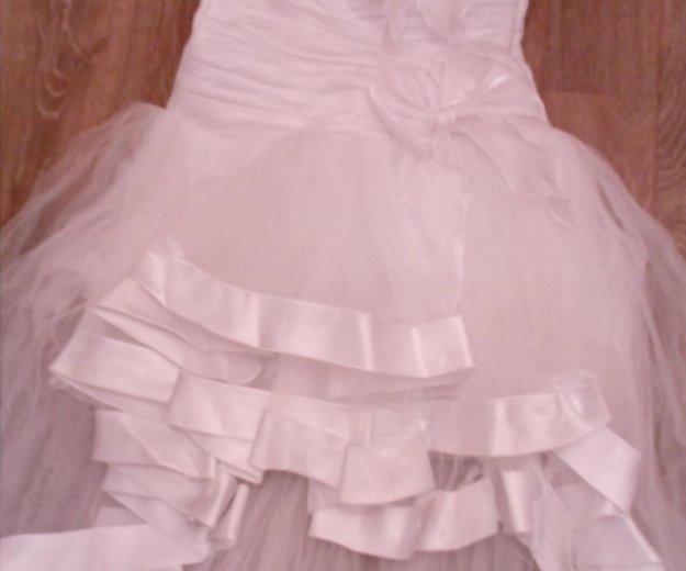 Продается свадебное платье б/у рамер 44. Фото 3. Нижневартовск.