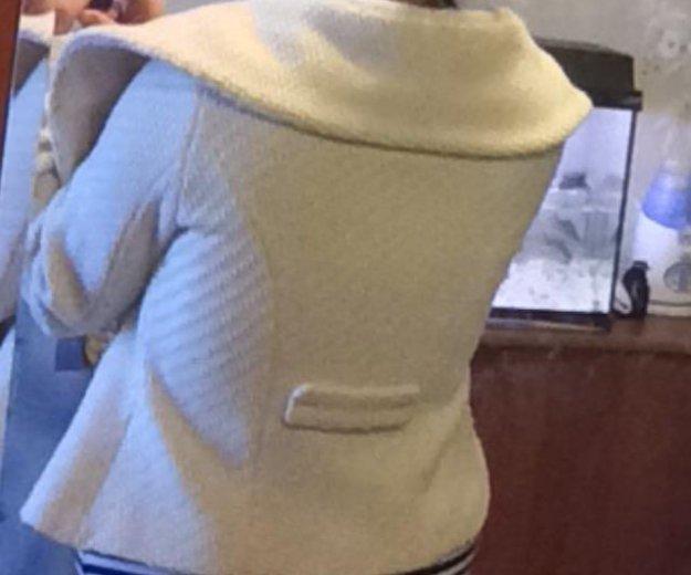 Короткое пальто bruphils. Фото 3. Москва.