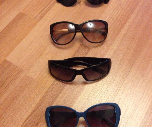 Очки солнцезащитные. Фото 1. Тюмень.