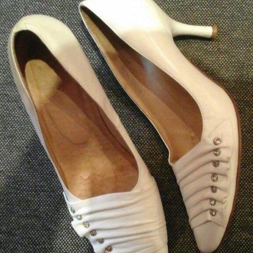 Туфли кожаные белые. р-р 36. Фото 1. Томск.