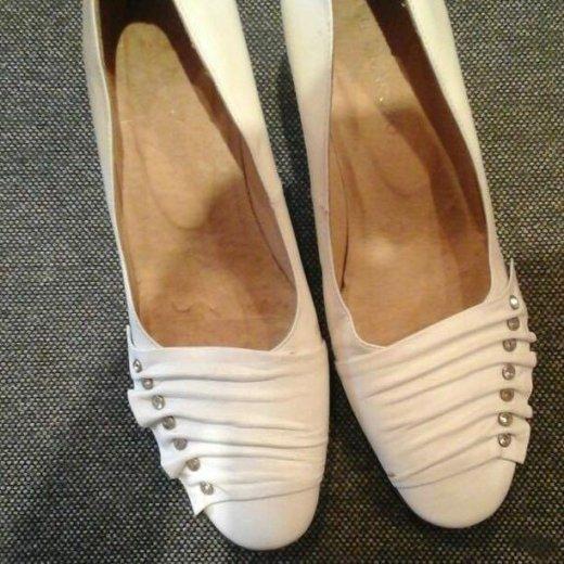 Туфли кожаные белые. р-р 36. Фото 2. Томск.