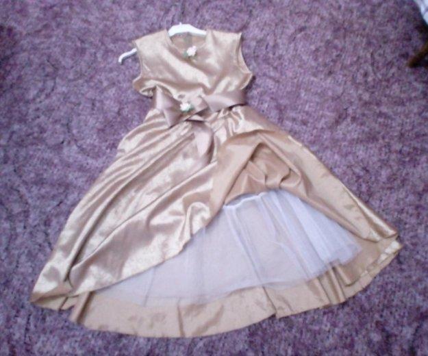 Нарядное платье. Фото 3.
