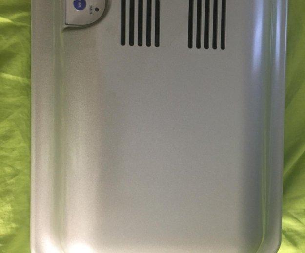Ультрафиолетовая лампа с вентилятором новая . Фото 3. Москва.