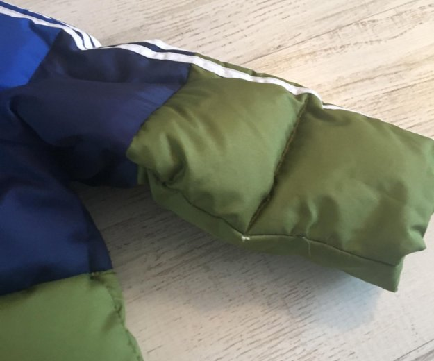 Куртка пуховик adidas на мальчика. Фото 4. Краснодар.