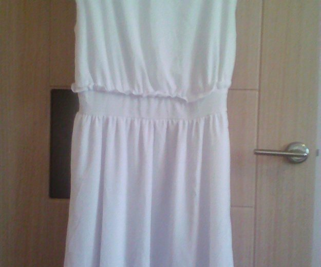 Платье размер l. Фото 1. Сургут.