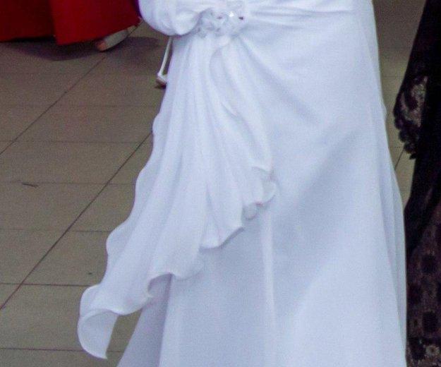 Свадебное платье. Фото 2. Лебедянь.