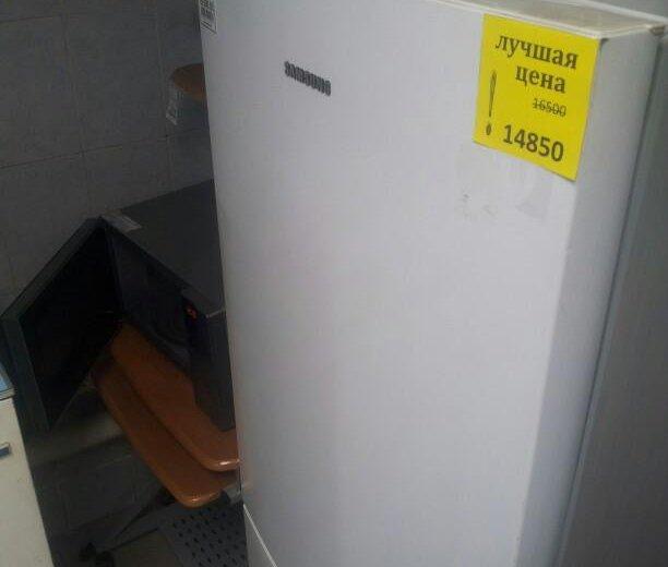 Холодильник samsung б/у. Фото 1. Новосибирск.