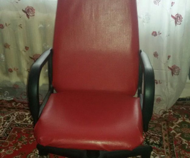 Компьютерное кресло. Фото 3. Славянск-на-Кубани.