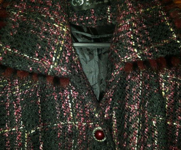 Костюм  пиджак - юбка. Фото 2. Москва.
