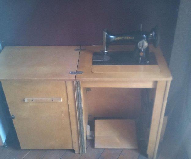 Швейная машинка. Фото 1. Электроугли.