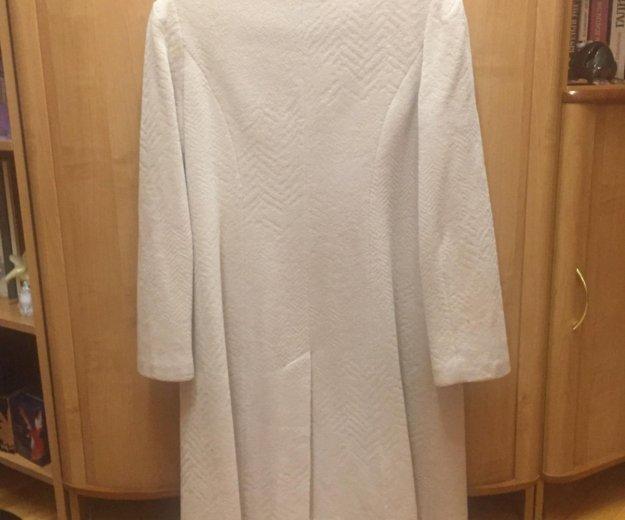 Пальто женское 48 размер. Фото 1. Смоленск.