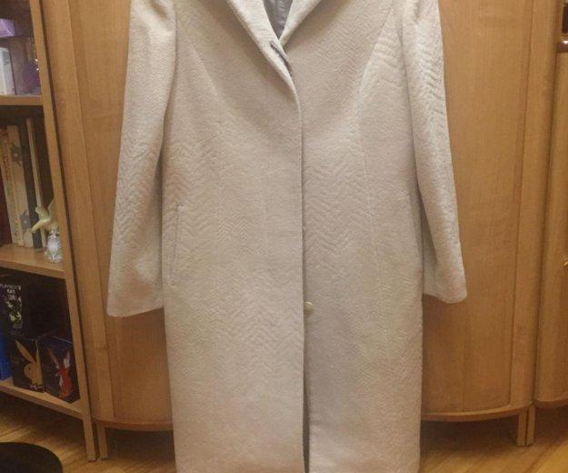 Пальто женское 48 размер. Фото 2. Смоленск.