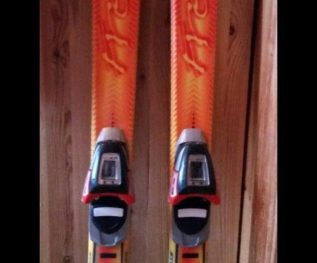 Горные лыжи(135см) и ботинки комплект.sаlomon. Фото 1. Одинцово.