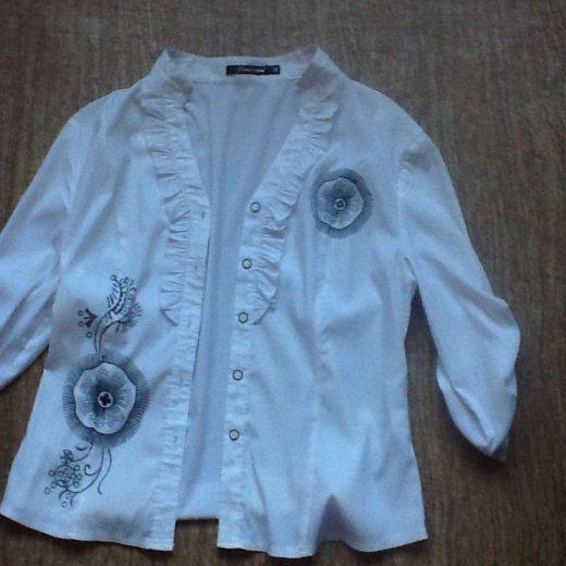 Блузка р 42,майка с горлом р36,пиджак 42,блуза 42. Фото 3. Москва.