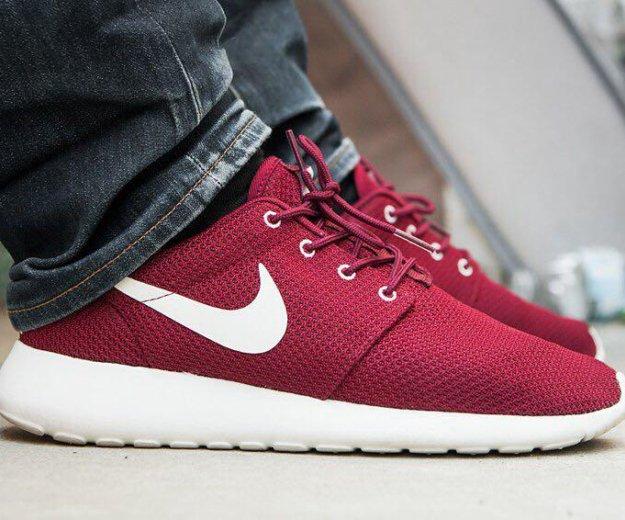 Nike roshe run red(скидка за самовывоз). Фото 1. Санкт-Петербург.