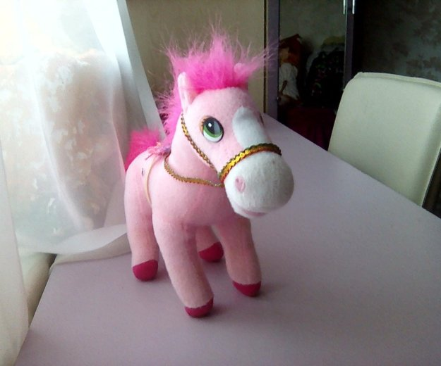 Розовый пони. Фото 1. Тарко-Сале.