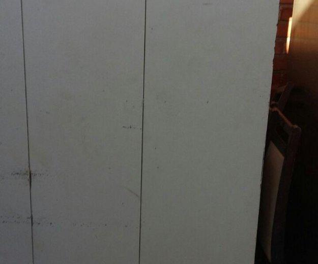 Холодильный шкаф б.у.торг. Фото 1. Владикавказ.