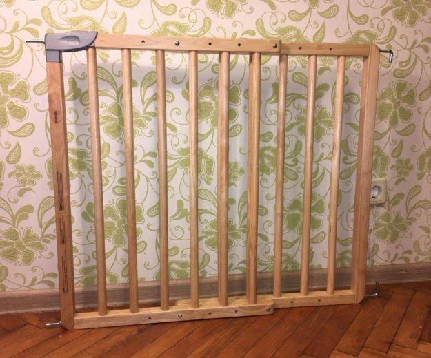 Барьер-калитка для защиты детей. Фото 1. Москва.