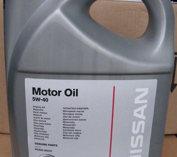 Моторное масло nissan. Фото 1.