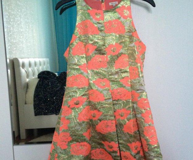 Платье из жаккарда river island. Фото 2. Самара.