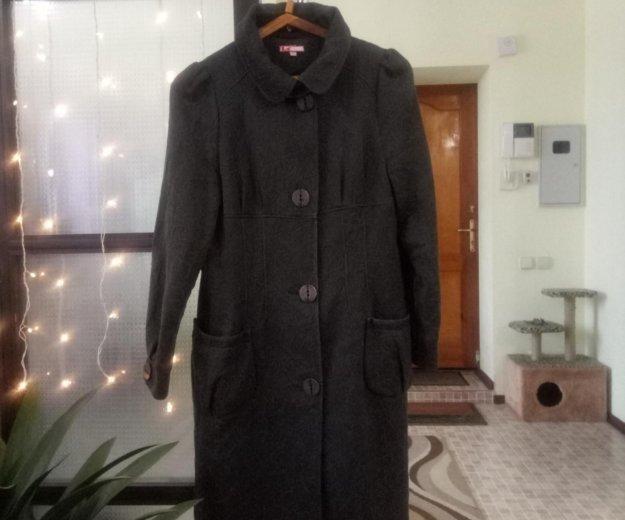 Пальто димисезонное. Фото 1. Магнитогорск.
