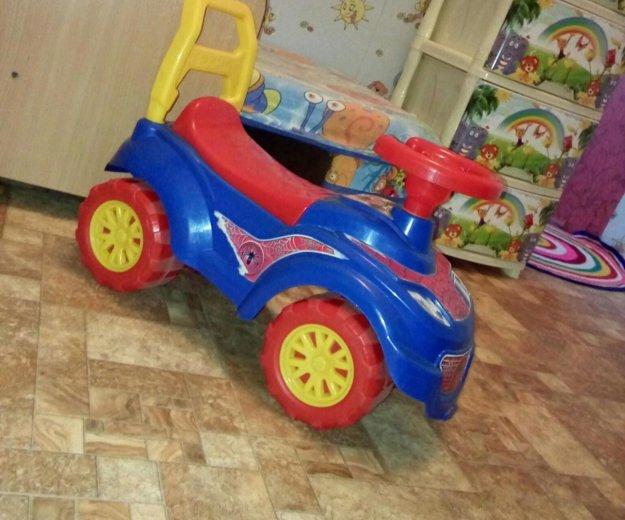 Машина. Фото 1.