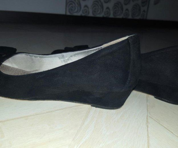 Туфельки  замшевые. Фото 3. Клин.