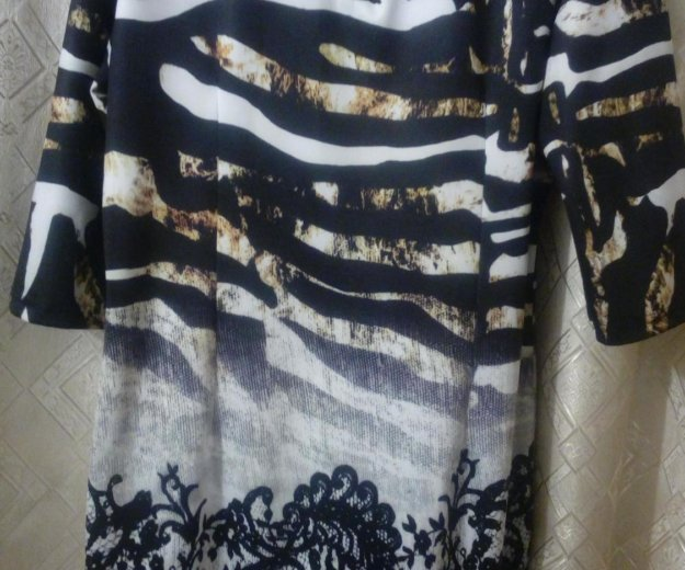 Красивое и стильное платье р.50. Фото 3. Пенза.