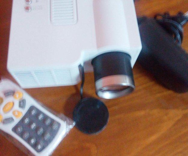 Домашний проектор uc 40. Фото 1. Выселки.