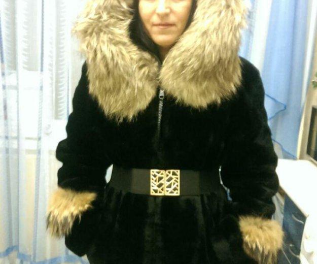 Шуба мутон с мехом енота. Фото 3. Ростов-на-Дону.