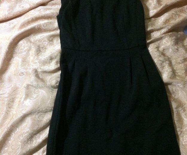 Платье чёрное обтягивающее. Фото 1. Шахты.