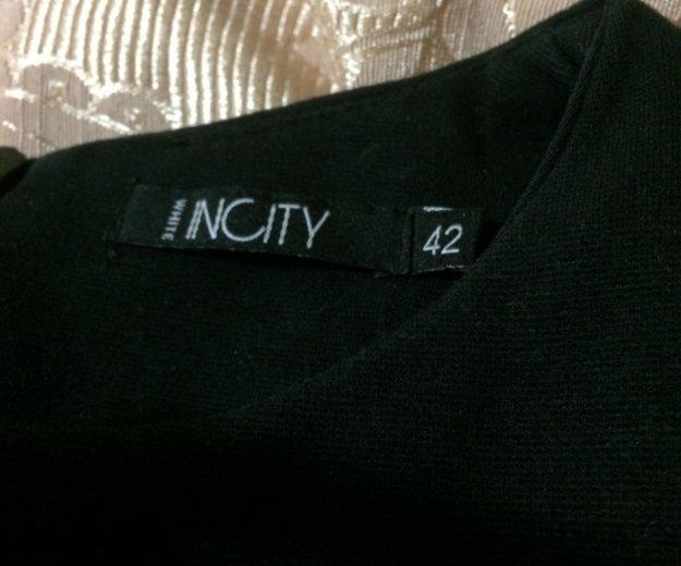 Платье чёрное обтягивающее. Фото 2. Шахты.