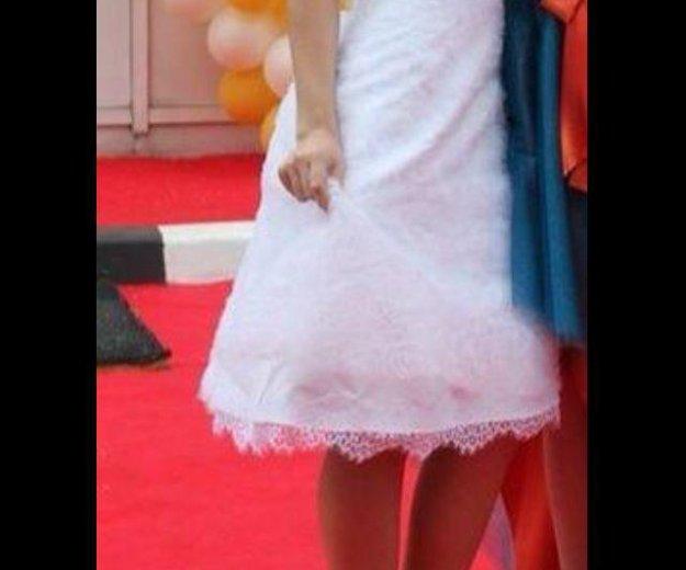 Платье белое,кружевное.на худенькую. Фото 2. Москва.