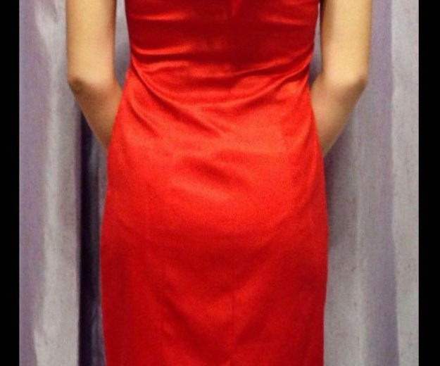 Эксклюзивное вечернее платье размер s. Фото 1. Челябинск.