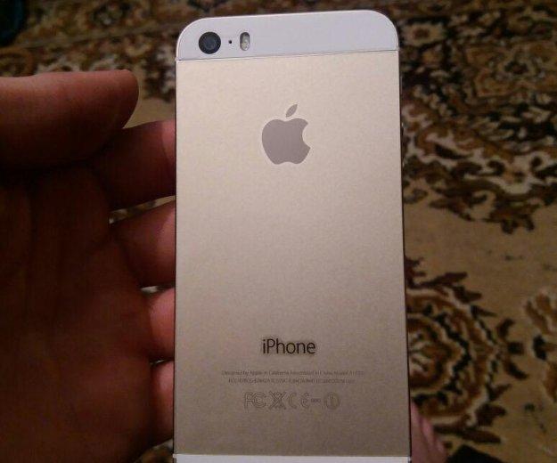 Iphone 5 s gold 16 gb. Фото 1. Махачкала.